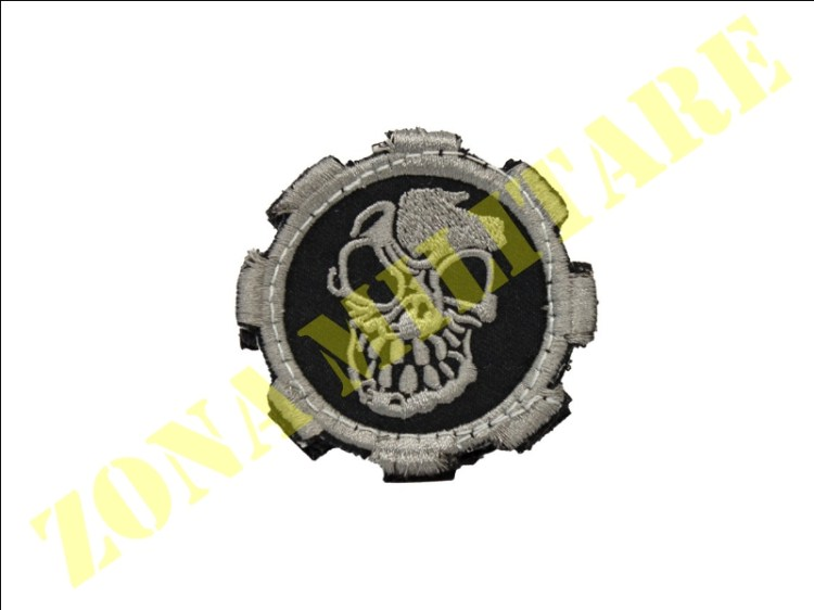 PATCH MILITARY SKULL GEAR CON VELCRO FULSTELLATA